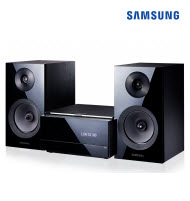 Samsung MM-E430D Micro DVD System with Dual Dock & Bluetooth